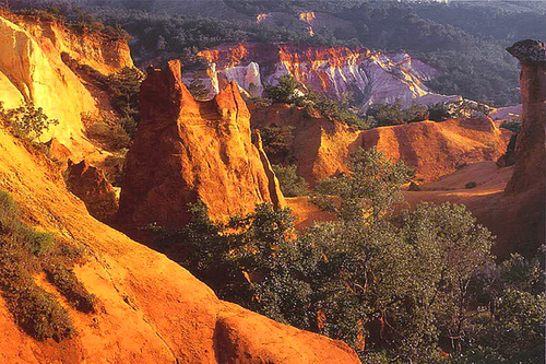Le colorado provençal - les ocres de rustrel - photographe professionnel 04 et 84