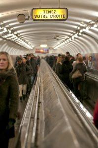 photographie Street Art - Le métro et la liberté d'un photographe non conditionné