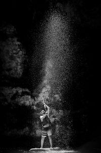 Photographie Sport NB - Paddle sur Verdon, intitulè le Le puits de lumière.